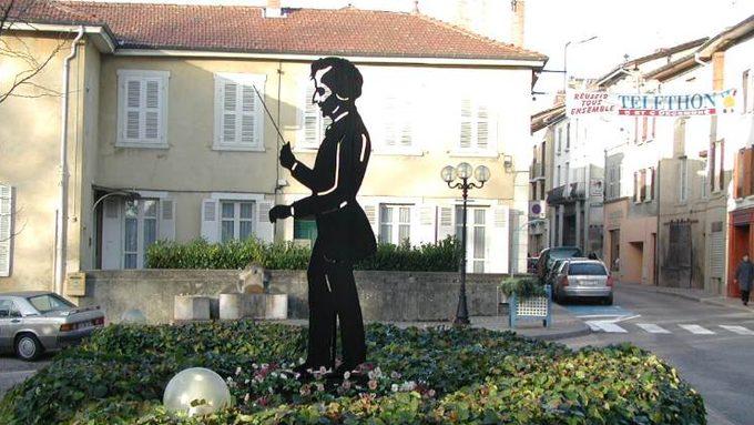 Statue d'Hector Berlioz réalisée par les élèves de BAC PRO